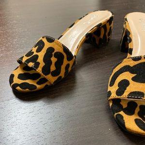 NEW Leopard Mid Heel